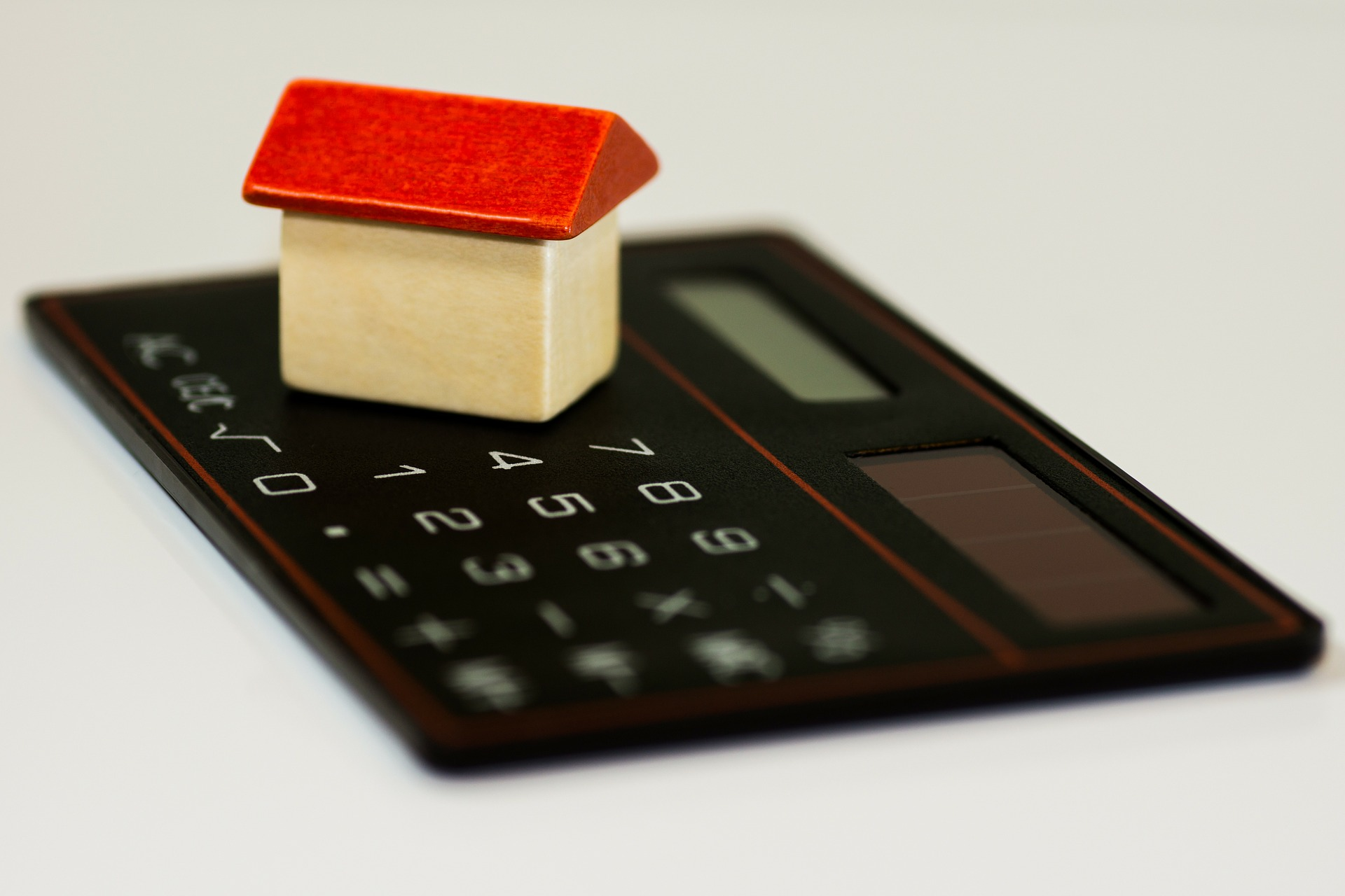 calculator and house: calculate assets: Centrelink aged pension eligibility